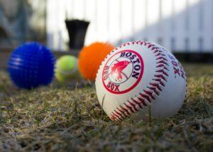 Erivärisiä palloja